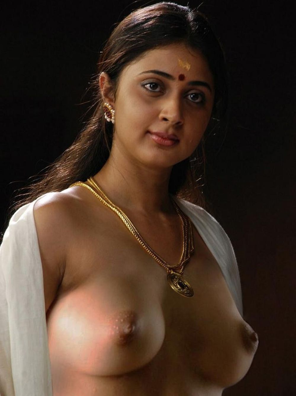Desi topless half naked girls