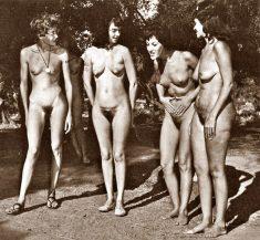 Foto de chicas nudista del pasado